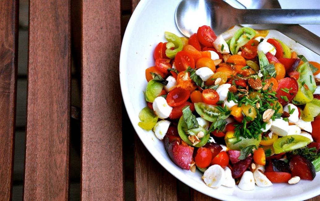 Heirloom Tomato & Plum Salad